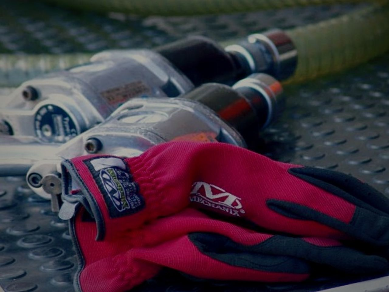 No People Outdoors Francorchamps Racing StillLifePhotography Gloves Unoccupied Racing Cars Red Gloves Close-up Day