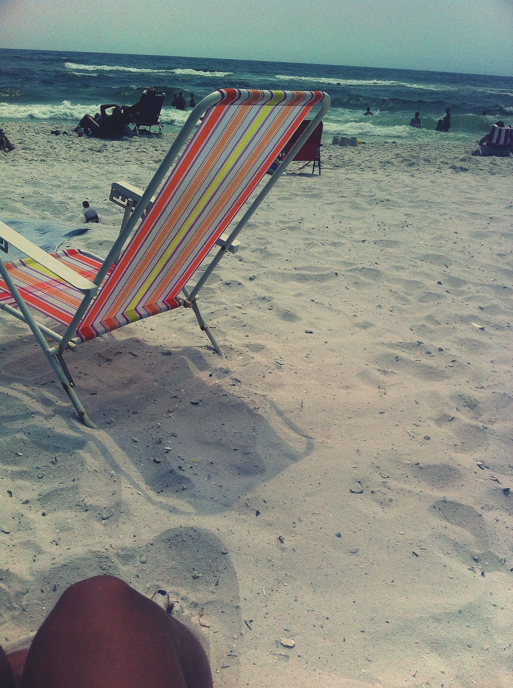 i can picture myself on some beach....somewhere so enjoying the beach right now!