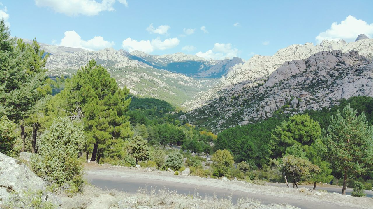 La Pedriza Madrid Sierra De Guadarrama Mountains