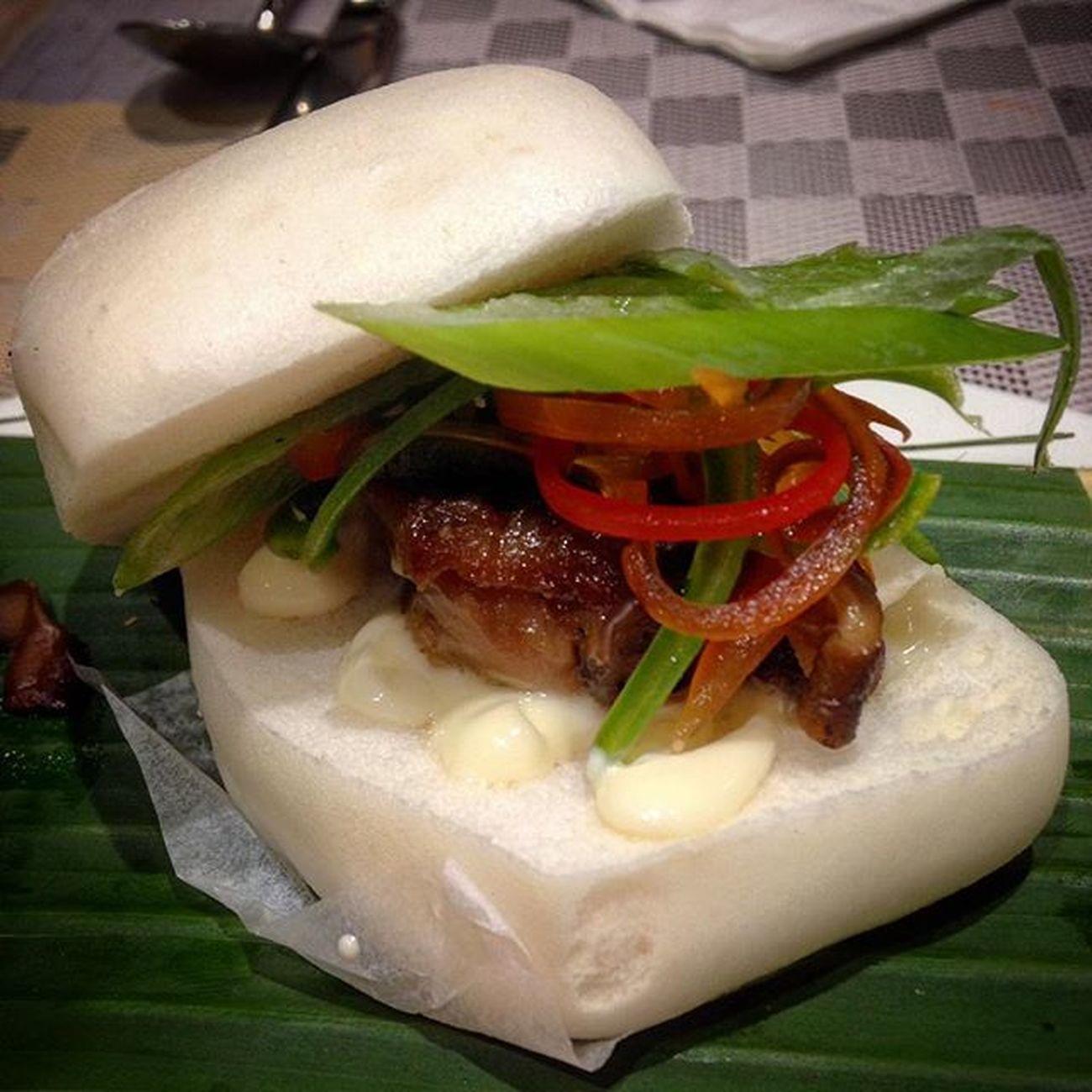 02/27/2016 Newscafe Ramada Snack Snacktime Merienda Meriendatime Cuapao Chinatownbuns Chinatownbun