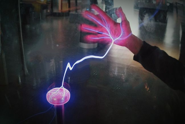 one Hand on the Plasma Light Plasma Lamp Plasma Ball Electricity  Pink Flash Ladyphotographerofthemonth Showcase March Q for Quantic Energy Technology Everywhere Photography In Motion Things I Like Girl Power Original Experiences