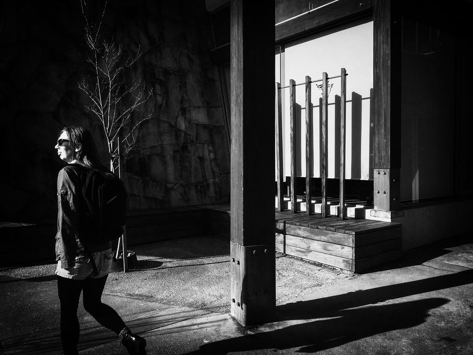 Streetphotography Streetphoto_bw Streets Of Melbourne Everydayaustralia Blackieapp Adobelightroommobile Mobilephotography IPhoneography Shotwithiphone6S Shootermag_australia Shootermag MelbournePhotographer Monochrome People Watching Blackandwhite