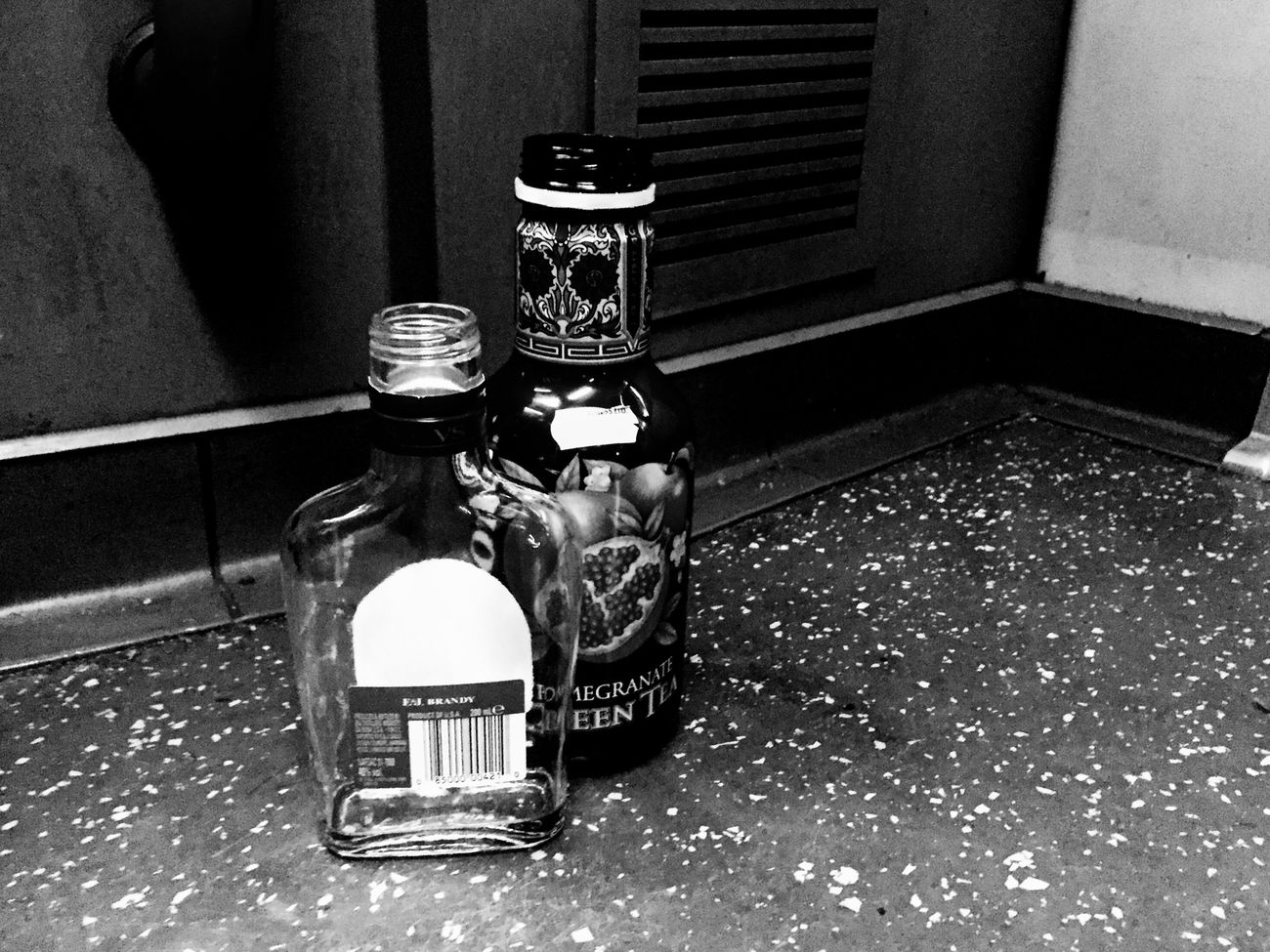 Indoors  No People Close-up Day Train Bottle Abandoned Discarded Empty Floor