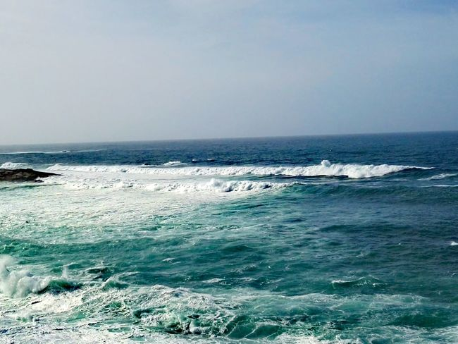 Love Sea Horizon Over Water Sea Sky Beauty In Nature Water Day Outdoors Scenics Wave No People Rock Peace Of Mind Galicia Calidade Colors Of The Day EyeEm Gallery Natural Photography Peace And Tranquility Galiciaparadise