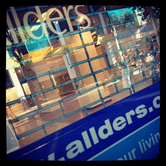 Visions of Croydon Allders Allders Closure Croydon Shopping shop northend