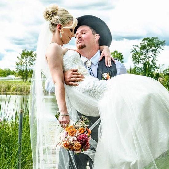 Wedding Nikon CanadianCreatives Friends Family Weddingparty Groomsmen Bridesmaid Flowergirl Ringbearer Ygk Bride Groom