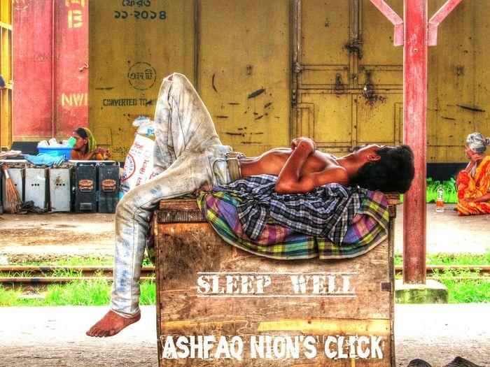 Sleep Well..! Poorpeople The Street Photographer - 2015 EyeEm Awards Sleeping Beauty Peace ✌ Bangladeshi