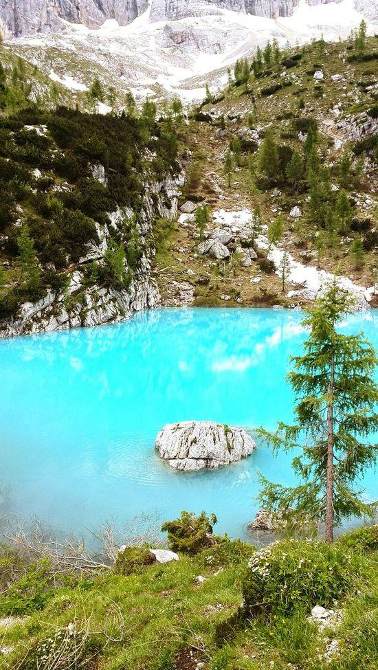 Nature Tranquility Sorapis Lake Dolomiti Bellunesi Cortina D'Ampezzo Italy Mountains Colors