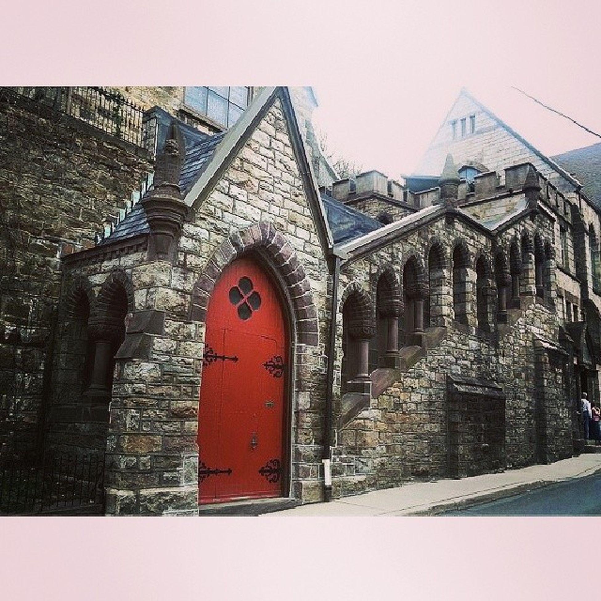 Saint Mark's Episcopal Church Racestreet Mauchchunk Asapacker Victorian gothic 1870s reddoor gigantic stone sprawling diadelosmuertos
