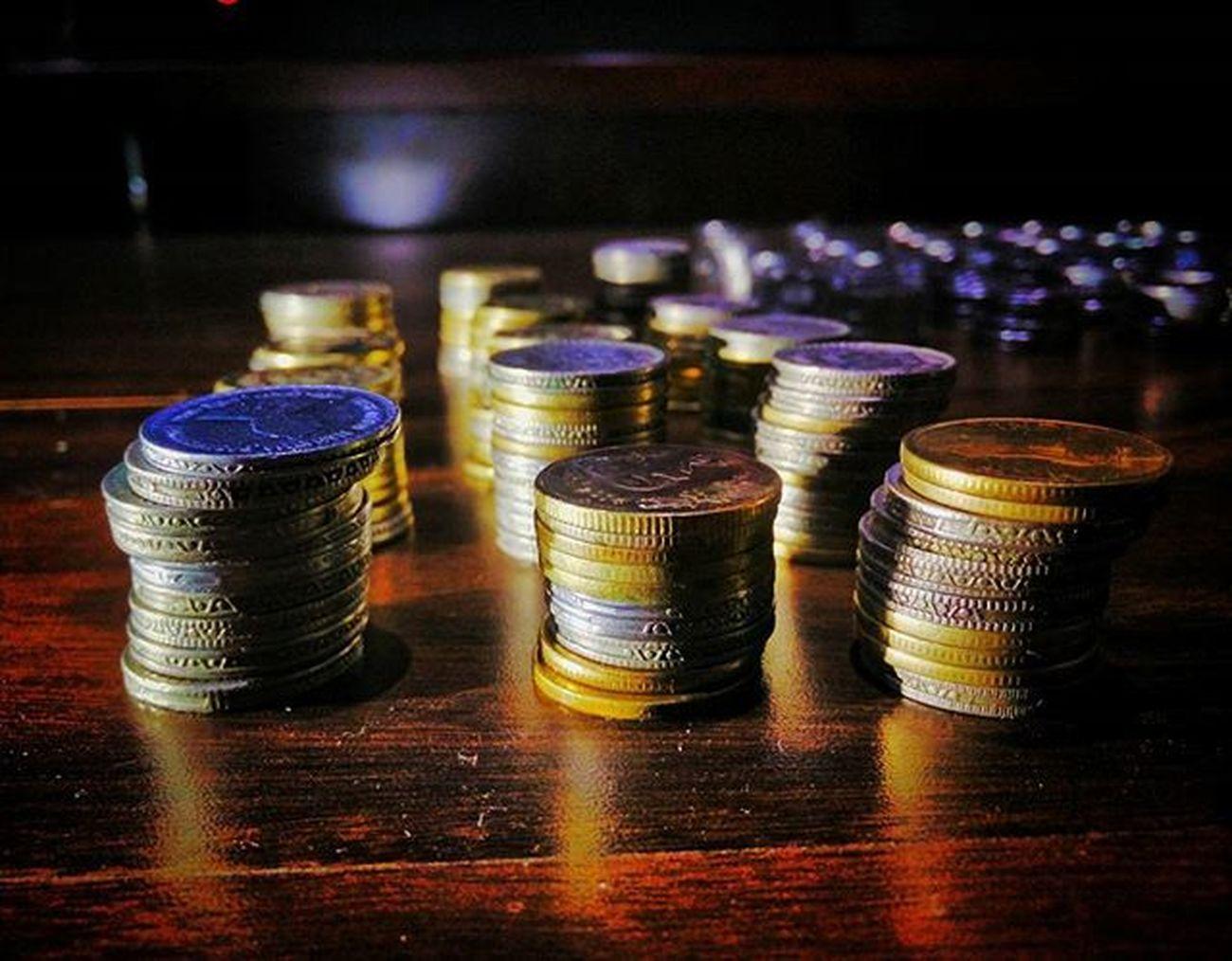 Weekend Buddies Piggybank Coins Counting Oneplusone Onepluslife OneplusShot Igers Nammabengaluru Streetsofindia _soi Igers_world Igers Instapic Instabengaluru Nkmemes Igers_world Insta_world