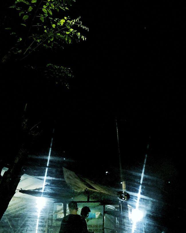 Flares Streetphotography Nightphotography Lights Lensflares Cool Streetvendors Nightlife Portrait Vertical
