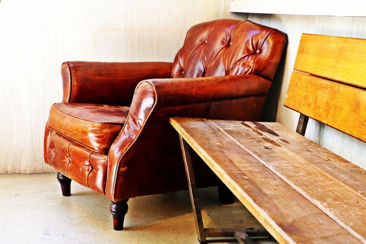 Amor Enjoying Life Happy Padre Liberty That's Me Passion Memory RelaxingEn este viejo sillón, mi querido padre me inculcó el amor y la pasión por la lectura. Gracias papa!!!. te quiero.