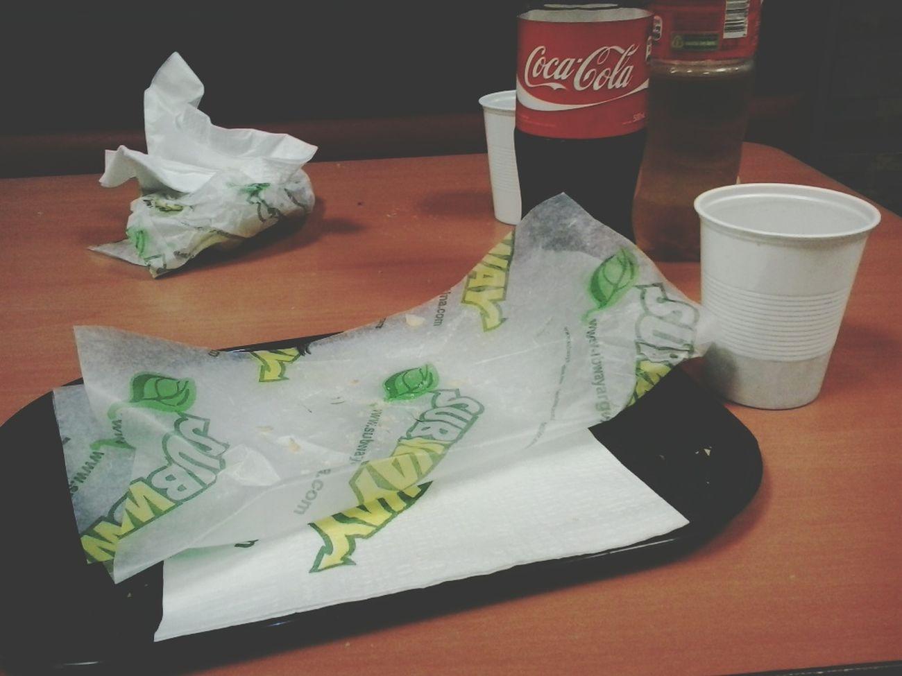 Subway ♡ Delicious Food Hi! Enjoying Life Goodmorning :) Hello World Followback Follow Me :) Followforfollow Seguime Y Te Sigo nada como ir a comer a subway *^*