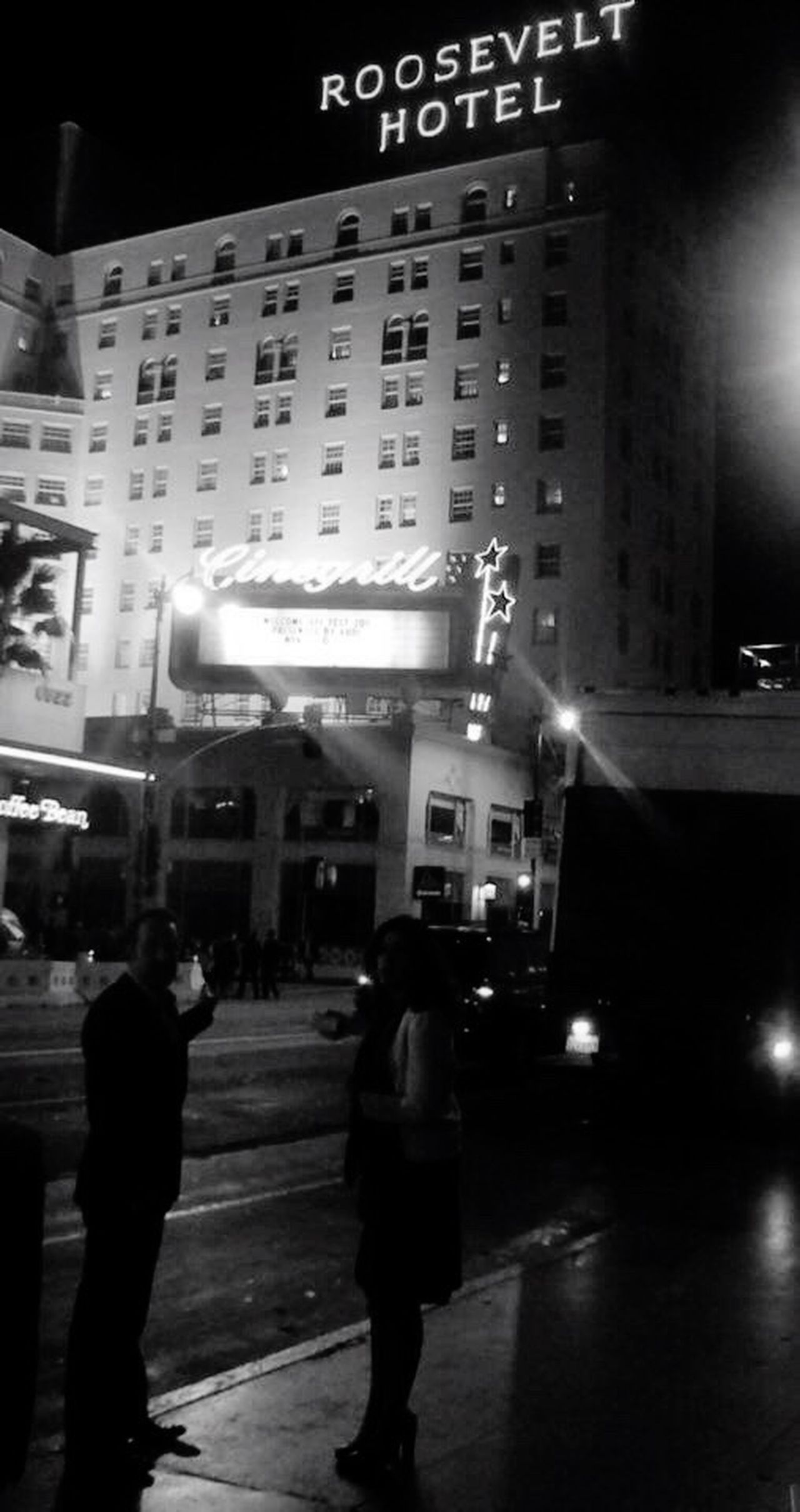QVHoughPhoto Hollywood Losangeles HollywoodBoulevard Jeandujardin Theartist Hotelroosevelt Roosevelthotel Blackandwhite