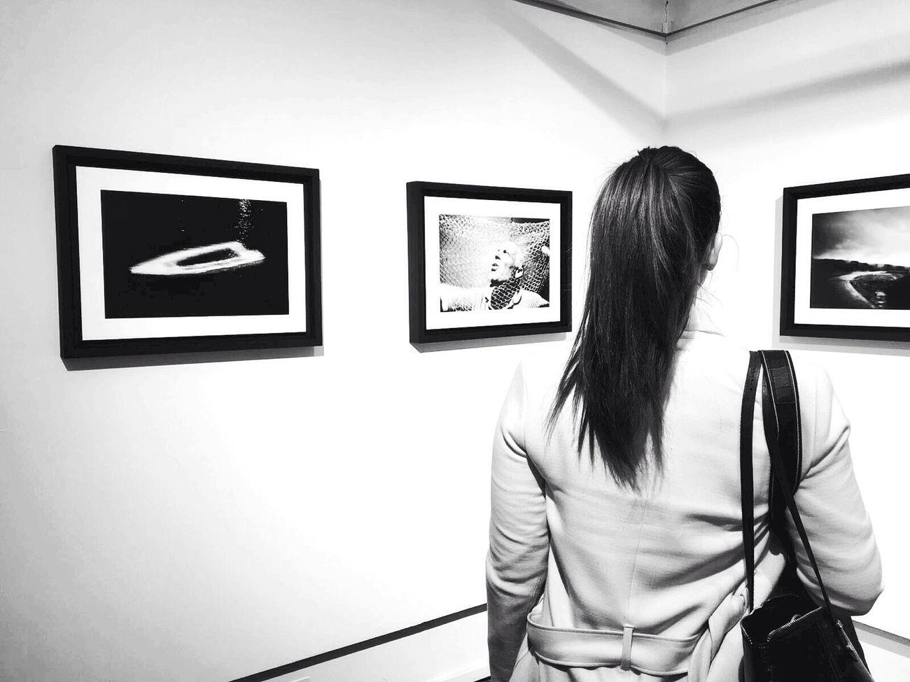 Trastevere Museum Thinking Photographer Yesyoucan