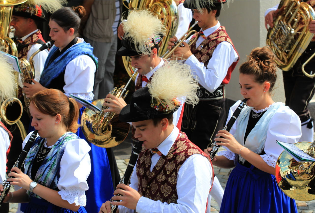 Celebration Event Country Band Day Event Fiè Allo Sciliar Italy Large Group Of People Lifestyles Marching Band Men Outdoors Playing Instruments Summer 2016 Südtirol Togetherness Traditional Costumes Women