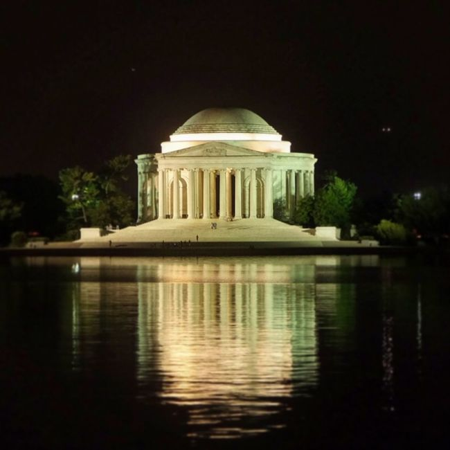 Jefferson memorial Jefferson Memorial Washington, D. C. Hanging Out Cheese! Relaxing
