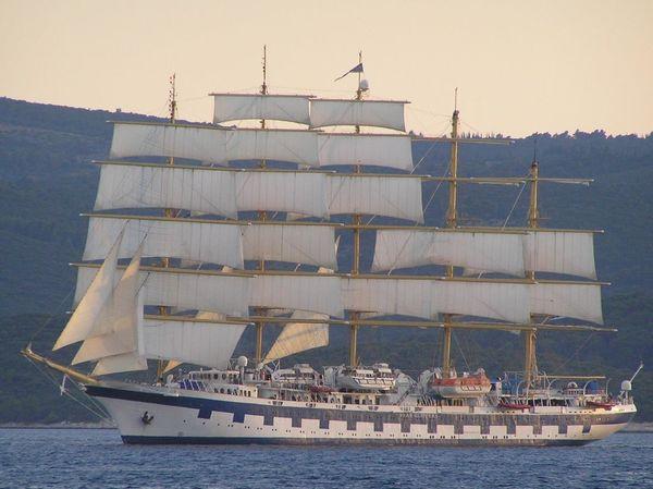 Day Harbor Mast Nautical Vessel No People Outdoors Sailboat Sailing Sailing Ship Sea Shipping  Tall Ship Transportation
