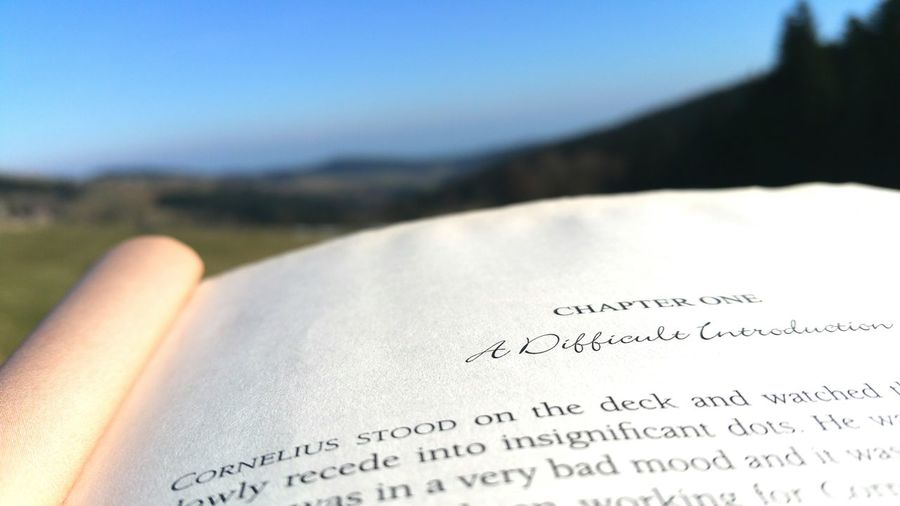 Reading one of Debby Holt novel in a wonderfull place...🌞💕📚