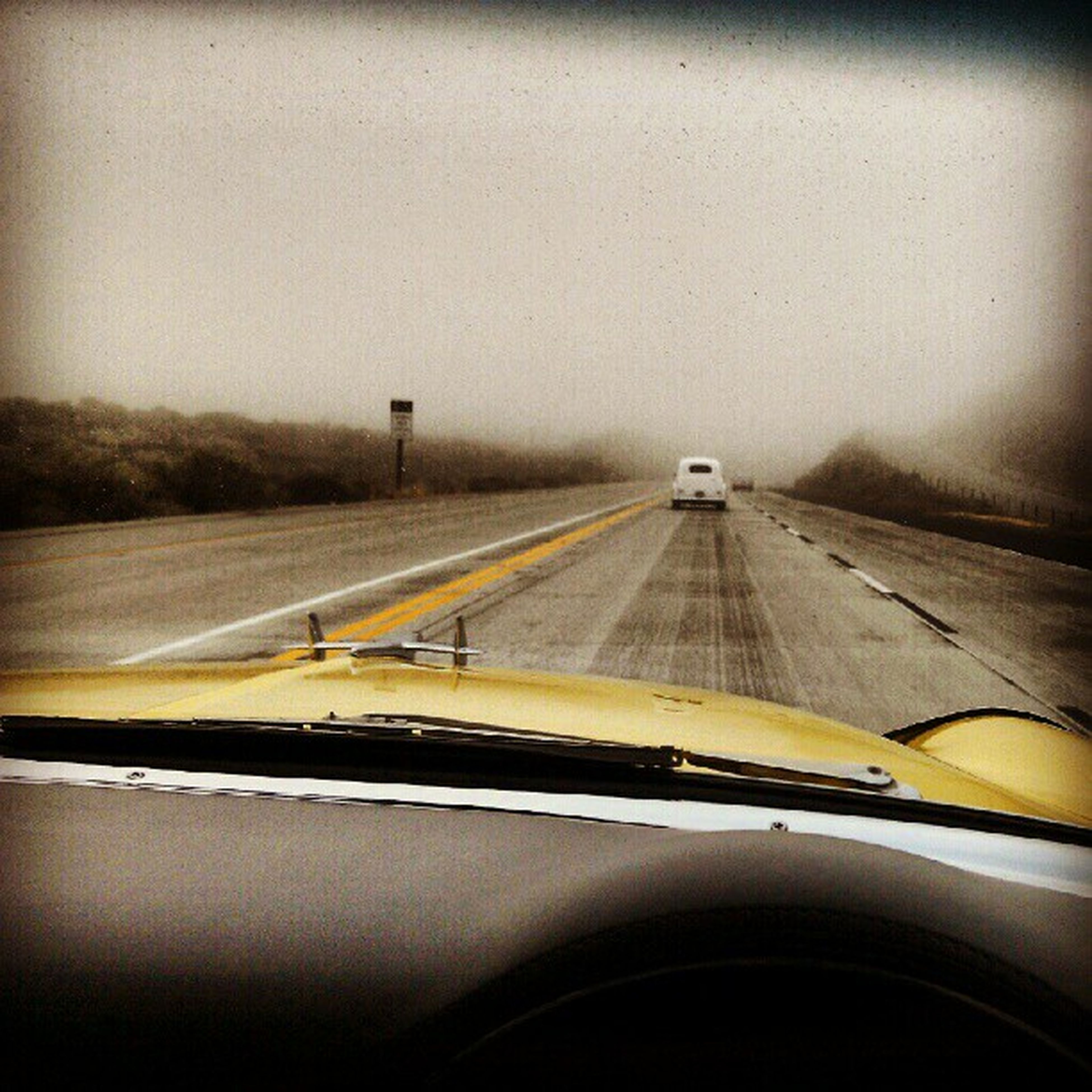 Just hooked up with our traveling pals in their 48 Ford Sedandelivery ... Where did this Fog come from? This is the desert!