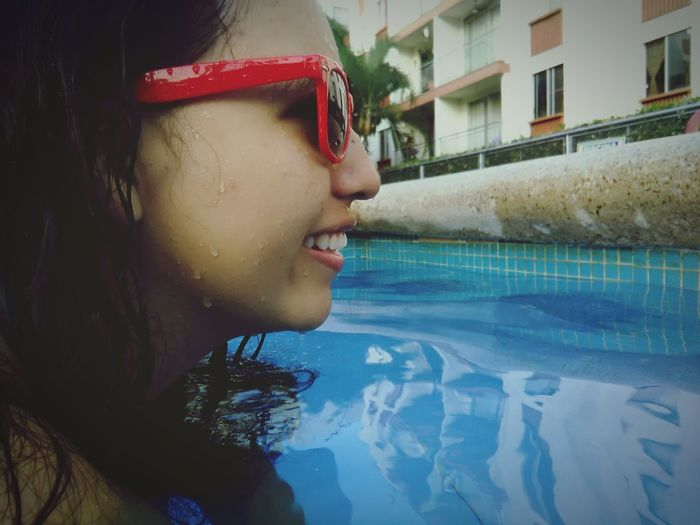 Swimming Pool Water One Woman Only Beauty Women Happiness Happy Looking Accesories Eyesglasses Portrait Day