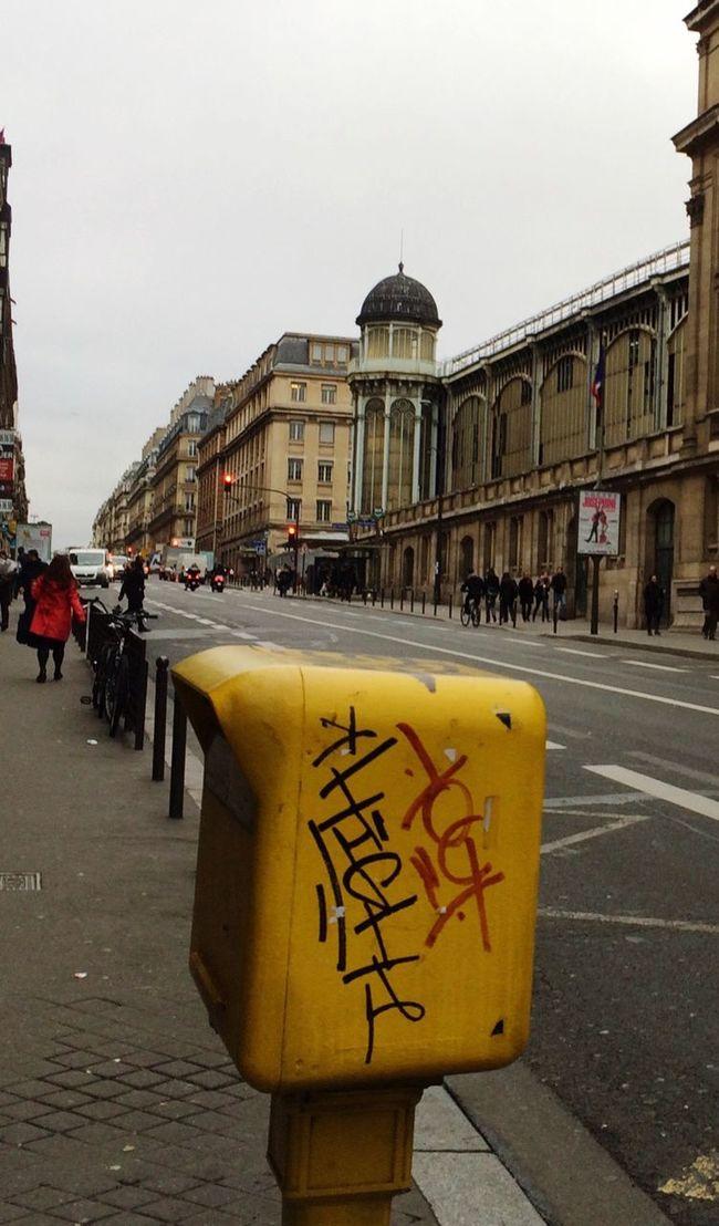 Paris 9e Street Life Grey Sky Pavement Letterbox Tag Architecture