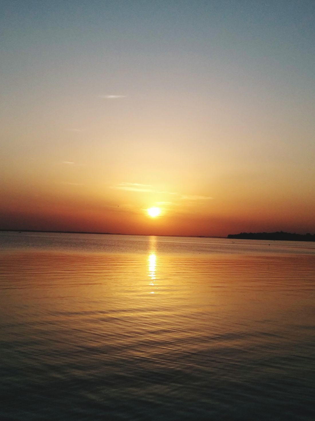 Sunset Sea Beauty In Nature Water Scenics Sun Tranquility Reflection Travel Destinations Tranquil Scene Nature Horizon Over Water Outdoors Silhouette Idyllic No People Beach Sky Day