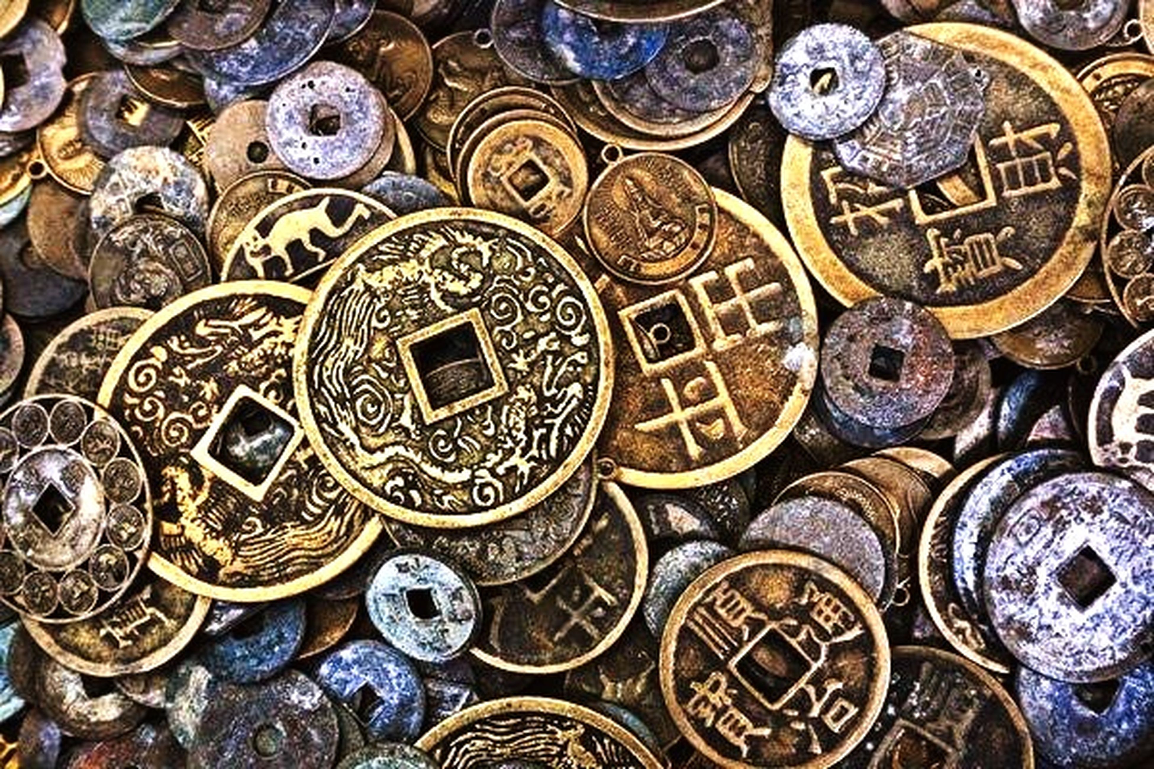 indoors, full frame, large group of objects, backgrounds, art and craft, abundance, close-up, variation, metal, design, ornate, art, high angle view, old, pattern, still life, coin, carving - craft product, antique, the past