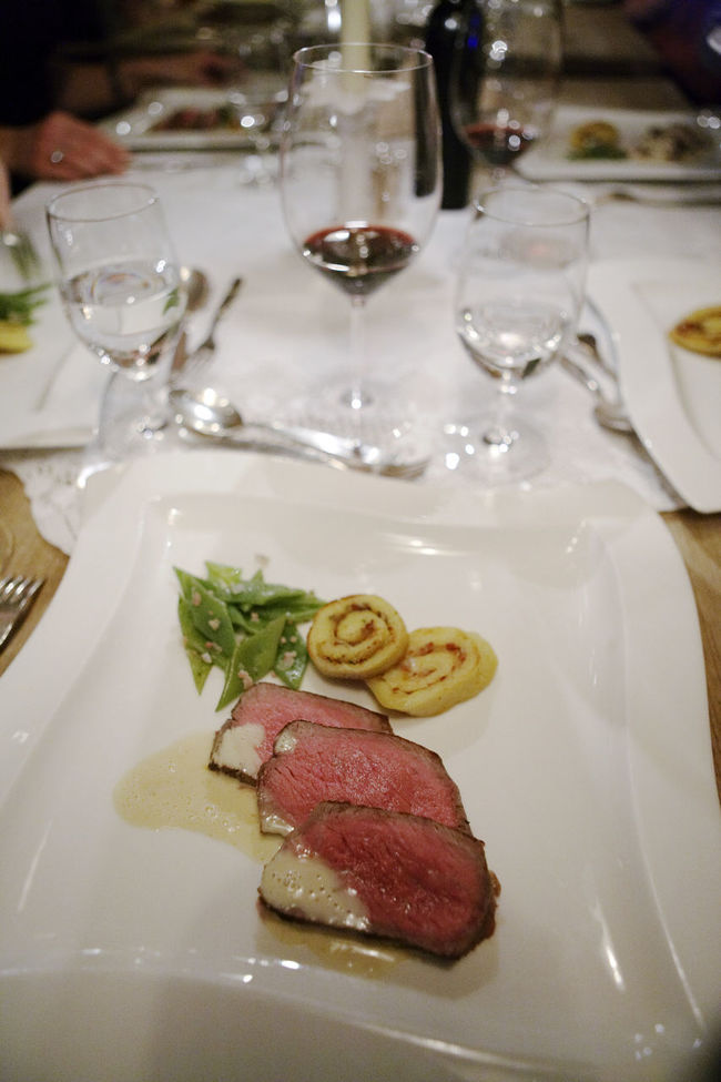 Abundanceof Food Austrian Hotel DELICIOUS FOOD ♡ Fabulous Fine Wines Great Presentation Meatpacking District Porcelain  Sensational Venison