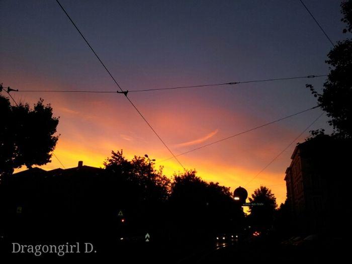 Love Sunset Sunset #sun #clouds #skylovers #sky #nature #beautifulinnature #naturalbeauty Photography Landscape [ Sunset Silhouettes Eye Em Best Shots - Nature