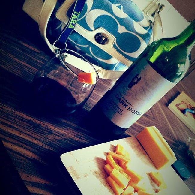 Coach Coachpurse Darkhorse Wine Lovewine Lovelife Smile Relax Winetime Wineandcheese Agedcheddar Taramae Redhead