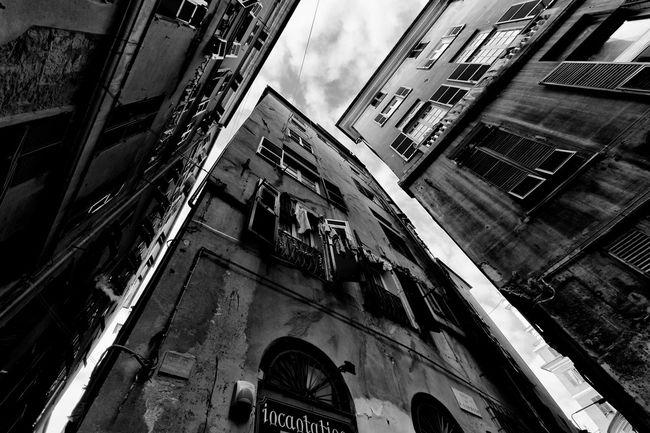 Genova Streetphotography Blackandwhite Black And White Street Photography Nsnfotografie Walking Around The City  Bw_collection Urban Landscape Streetphoto_bw Architecture Looking Up Lookingup Perspective