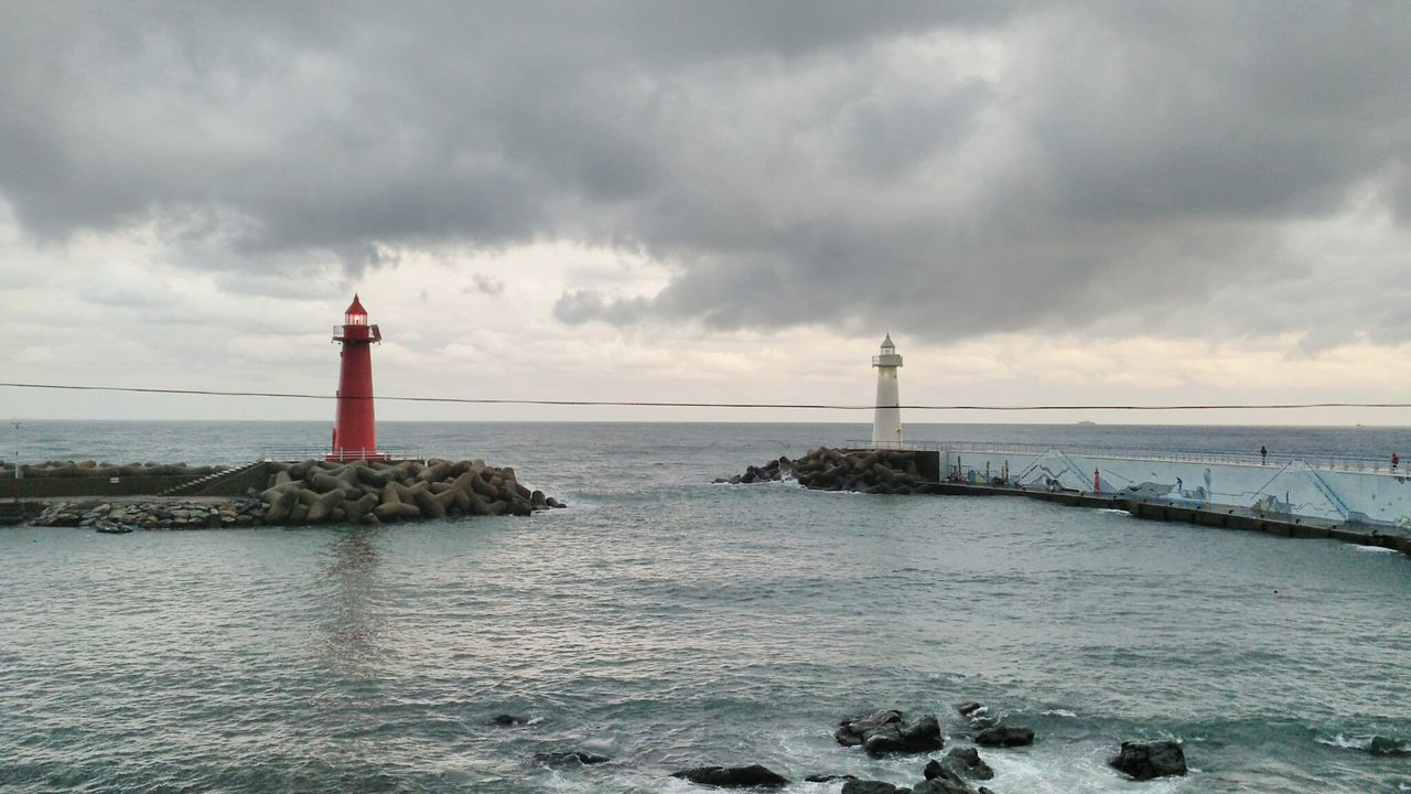 청사포 등대 방파제 해운대 Lighthouse No People Beach Outdoors Beauty In Nature Sea Water Busan,Korea