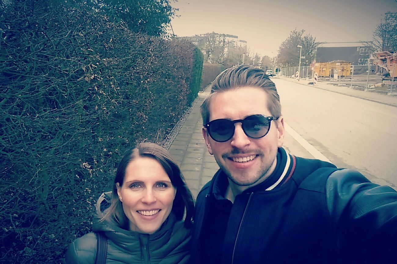 Parship MyLove❤ Spaziergang Selfie ✌ Sunglasses Frühling Today's Hot Look Outdoors Essen City Haveagoodtime Having A Good Time