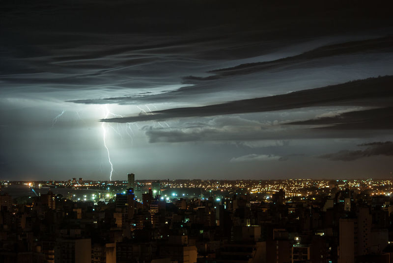 Night Cityscape Illuminated City Dramatic Sky Outdoors No People Nature Beauty In Nature Sky Cloud - Sky Thunderstorm Power In Nature Lightning Storm Cloud Urban Skyline Nikon Cielo Y Nubes  Sky And Clouds Rain Rosario Santa Fe Fotografia City Rayo