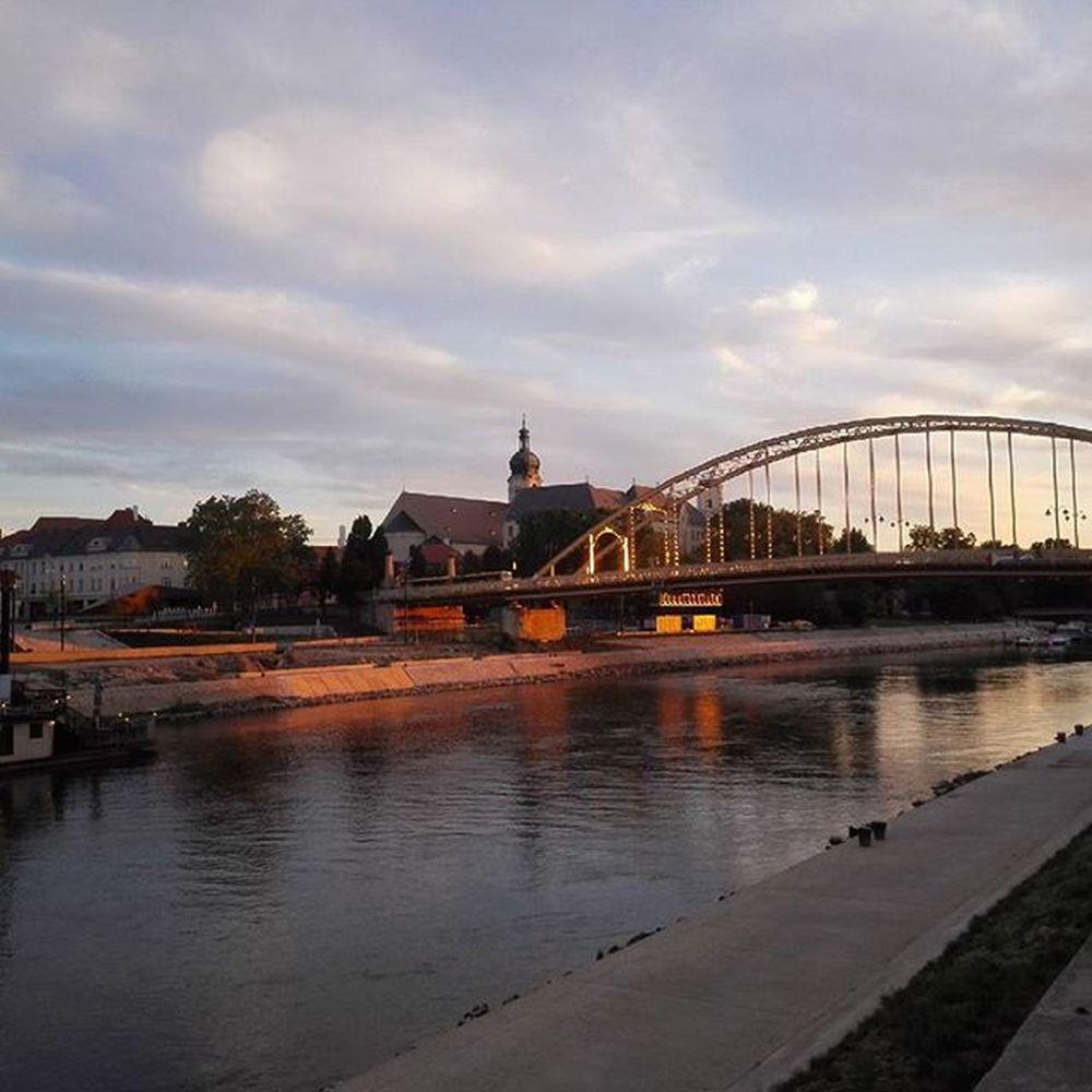 Gyor 💞 Győr Mycity Loveit Nofilter Sungoesdown Bridge River Riverdanube Citycenter Beautyful  Hungary Mik