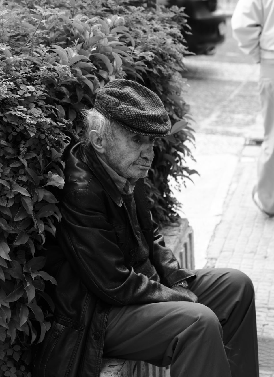 old man Blackandwhite Old Man Old Man Sitting People Poor  Poor Old Man Poor People  Sitting Streetphotography Street Photography