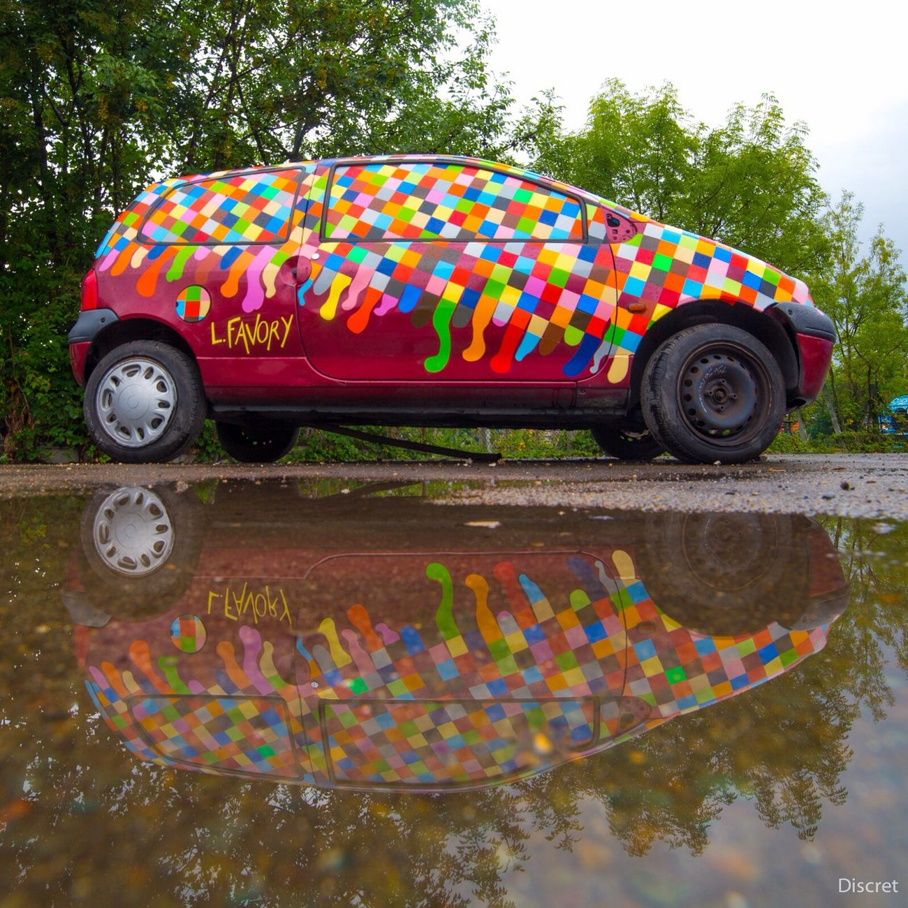 In Situ Festival The Street Photographer - 2014 EyeEm Awards Street Art TWINGO