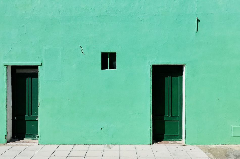 Built Structure Architecture Building Exterior Outdoors IPhone Photography IPhoneography Iphonephotography VSCO Cam VSCO IPhone Iphonesia Iphoneonly Minmalism Minimalist Minimalistic Green Color Green Minimalism Door The City Light Minimalist Architecture