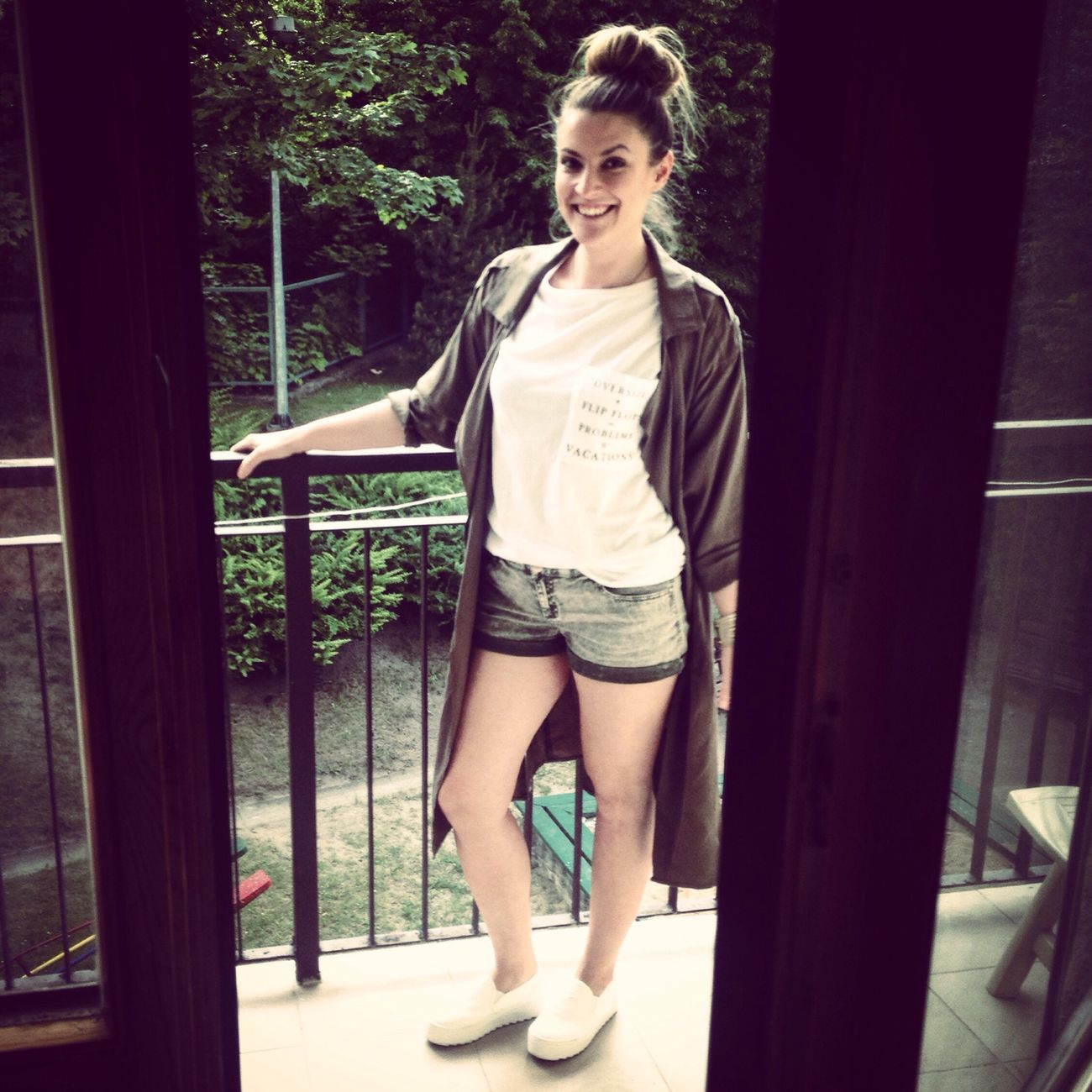 That's Me Now Polishgirl Streetwear Colours Of Nature Khaki Trenchcoat Slipon Happy Good Mood :)