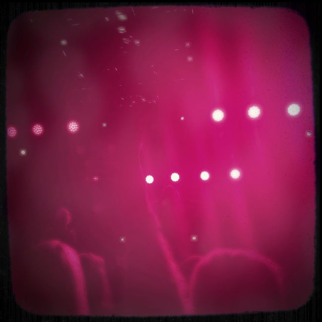Mattroeartist Live Music Realtime Concert Photography Concert Stage Lights Stagephotography Inthemoment