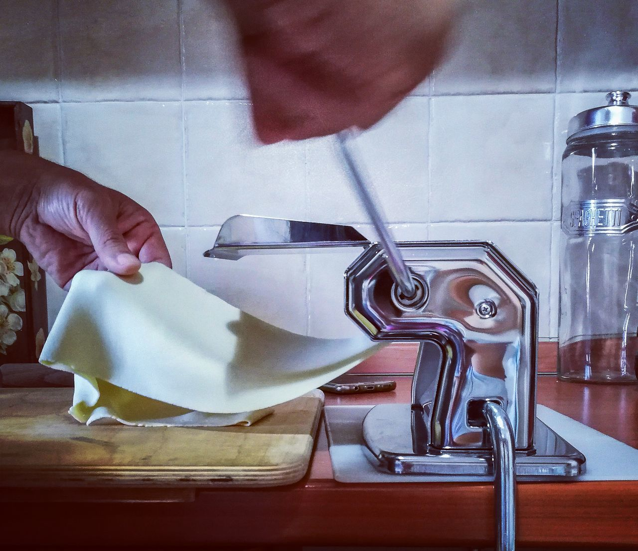Kitchen Handmade Cooking Fettuccine Sfoglia Pastafresca Pastafattaamano Pastafattaincasa Love Lover Husband Human Hand Human Body Part One Man Only One Person Only Men Adults Only People Indoors  Adult Washing Men Faucet Occupation EyeEmNewHere Place Of Heart