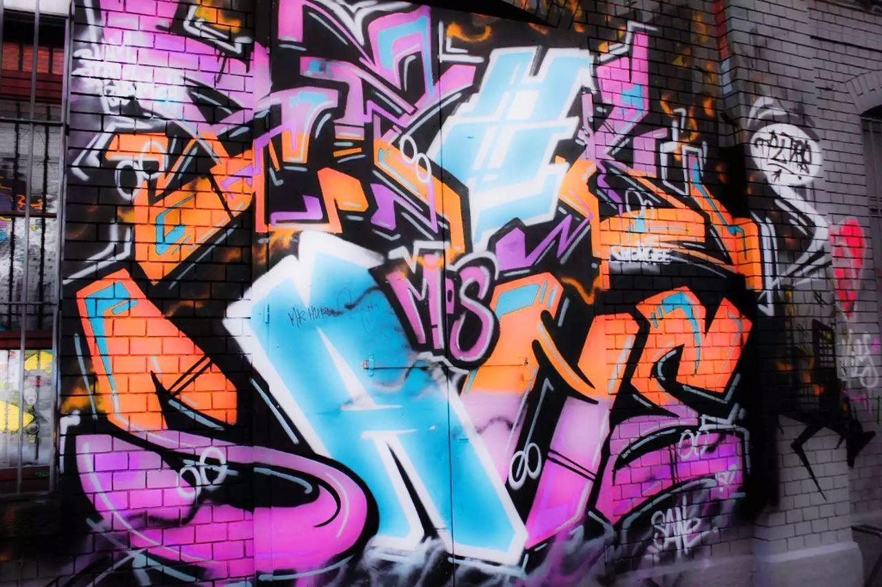 Grafitti Graffiti Photography Graffiti & Streetart Colors Wall Art Indutry Street Life Brick Wall