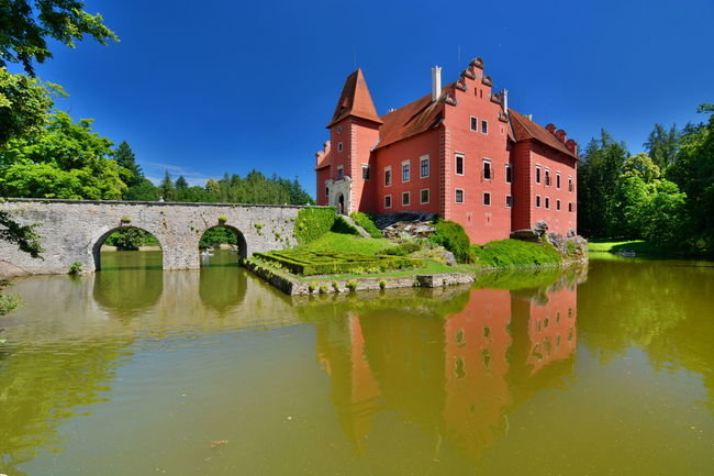 Červená Lhota Castle Architecture Bohemia Bohemian Castle Castles Cervena Lhota Czech Czech Republic Europe Green Color HDR Outdoors Red Red Castle Reflection Scenics Sunny Tranquil Scene Tranquility Travel Water