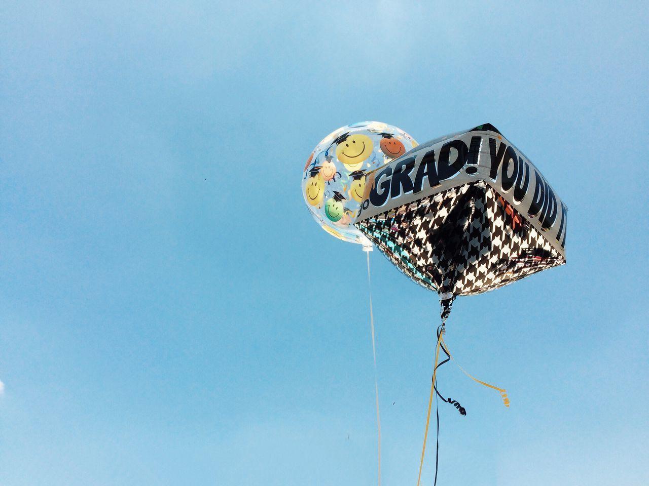 Beautiful stock photos of abschluss, Anthropomorphic Face, Anthropomorphic Smiley Face, Balloon, Celebration