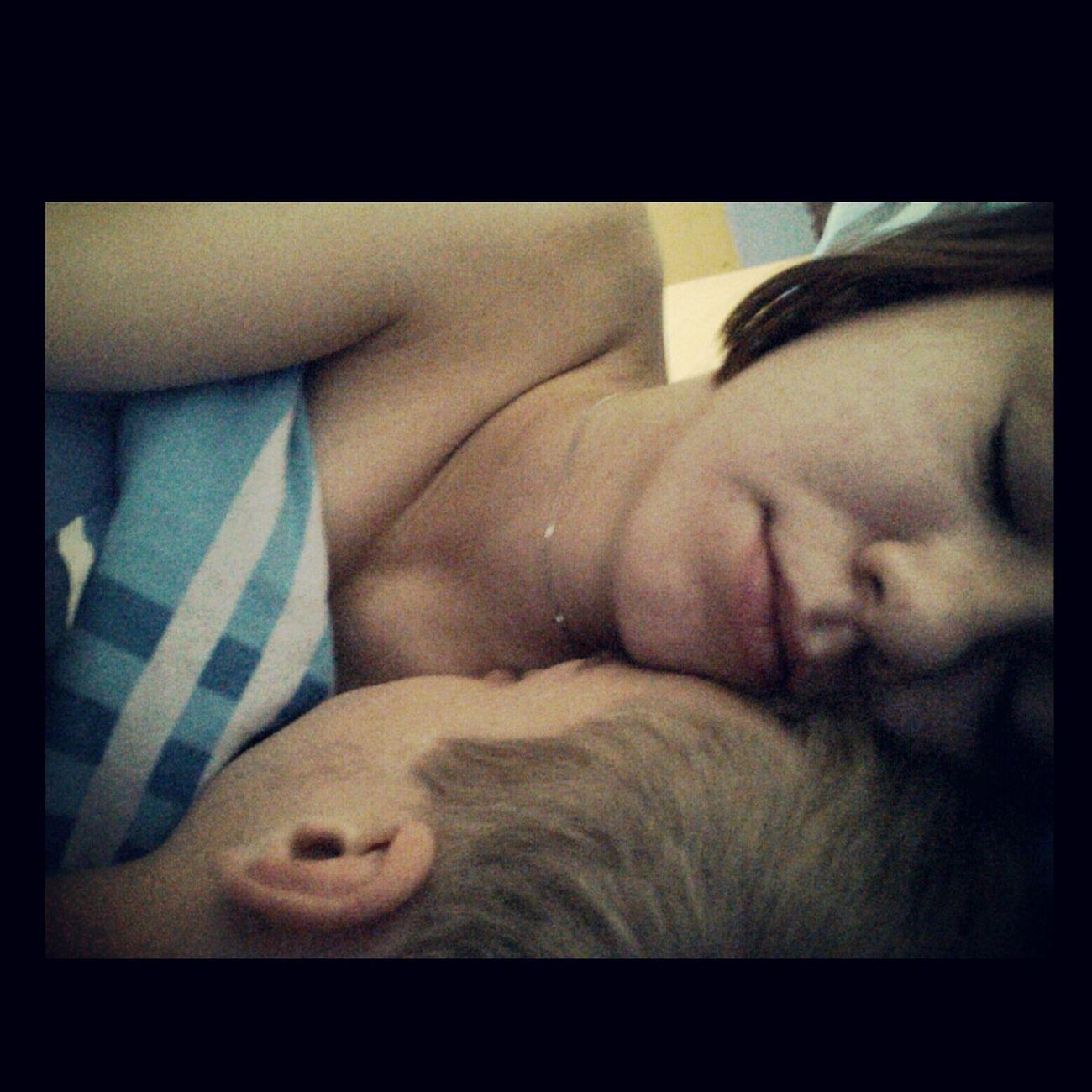 Cutecouple Relaxing MyLove❤ SweetNight Baby?