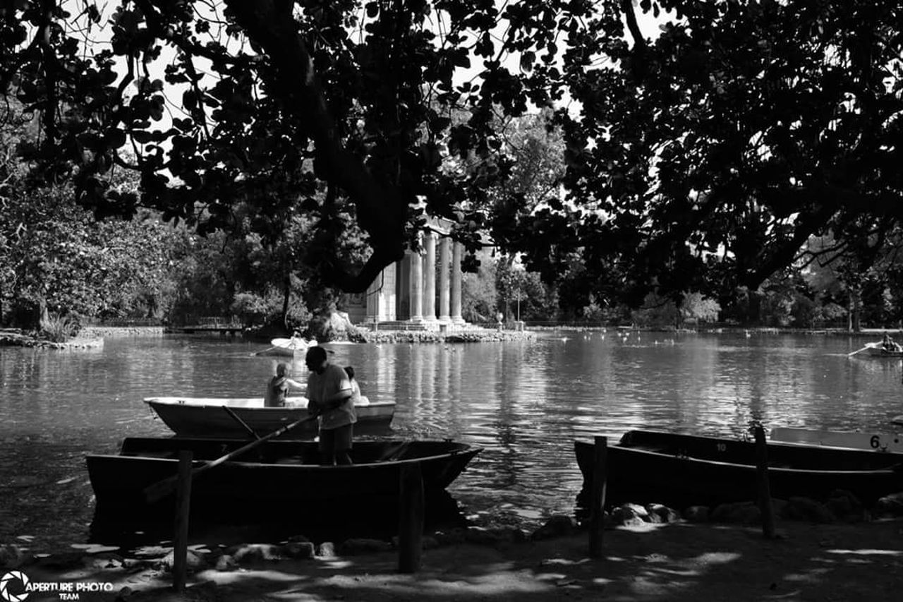 EyeEm Best Shots First Eyeem Photo EyeEm Best Edits EyeEm Best Shots - Black + White Black And White Street Photography Streetphotography Roma Villa Borghese Villa Borghese Park