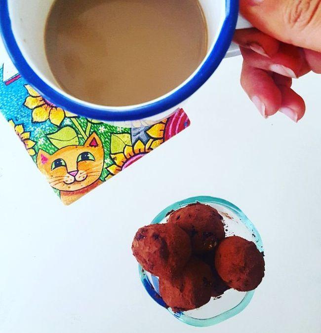 Yummy Raw fit chocolate balls 🐉 Hello Monday Greencornerbydicle Almond Yummy Fit Healthy Foodie Healthyfood Yummyinmytummy Coffee Chef Cook  Nobakecookies Delicious Best  Instadaily Vegan Askileyap