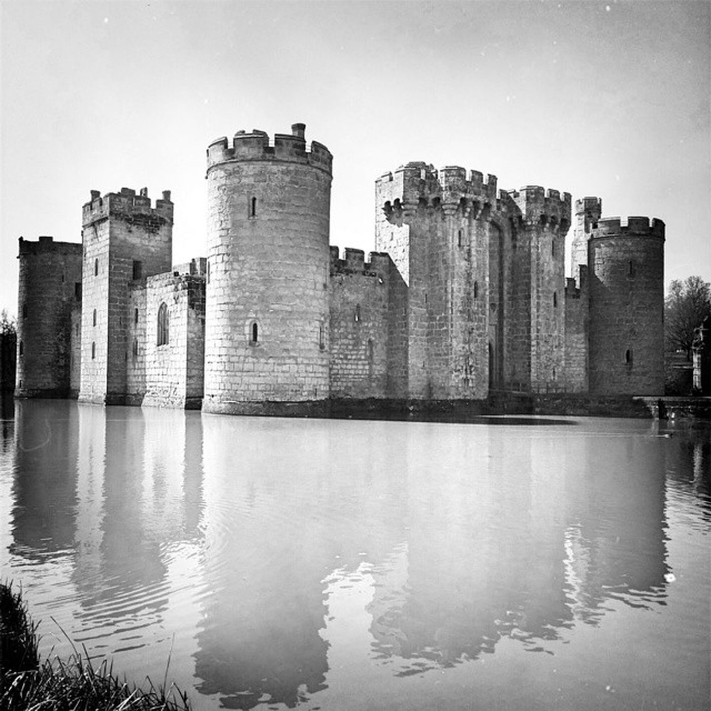 Now this is how a castle should be. Bodium Bodiumcastle