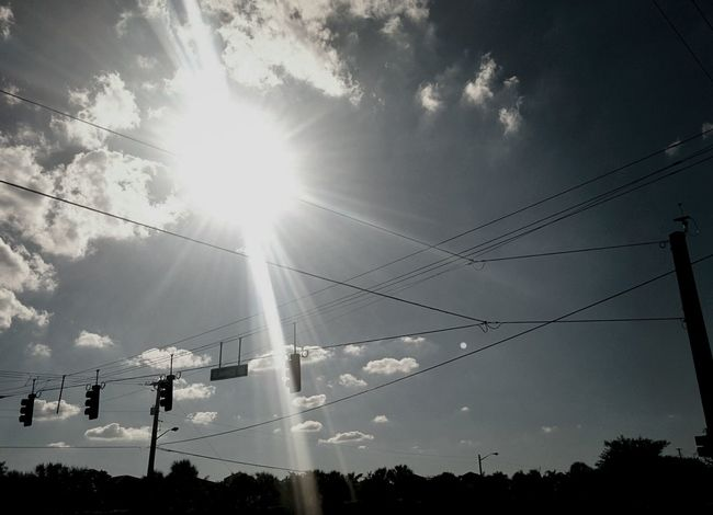 Sunburst • Spotted Clouds Florida Sunny Blue Sky Nature